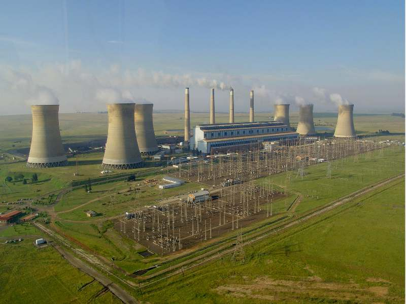 AFD and Eskom sign R 1,5 billion loan for investments in power grid